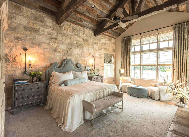 20+ Serene And Elegant Master Bedroom Decorating Ideas on Master Bedroom Curtains  id=73483