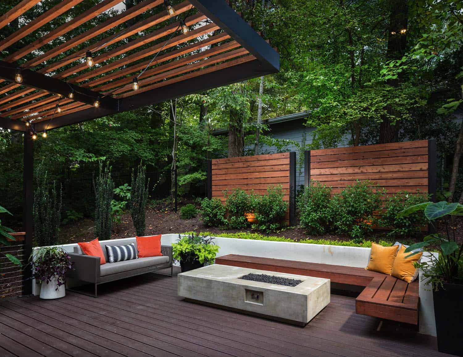 28 Inspiring Fire Pit Ideas To Create A Fabulous Backyard ... on Garden Ideas With Fire Pit id=45573