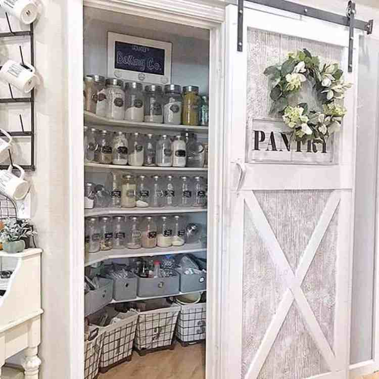 20 Clever Farmhouse Style Kitchen Pantry Ideas For Organization