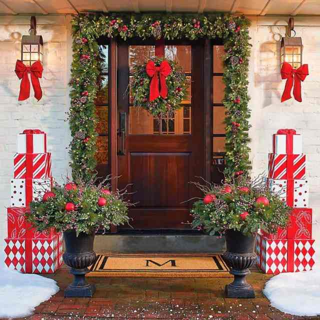 Stunning Outdoor Decorations For Merry Christmas 19 1 Kindesign