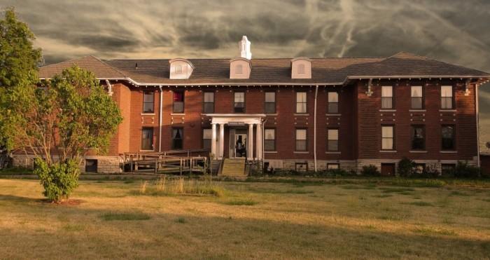 This Creepy Asylum In Iowa Is Still Standing