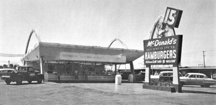 9. The first McDonald's in the state was located at Central and Indian School in central Phoenix, complete with the iconic golden arches flanking each side of the building.