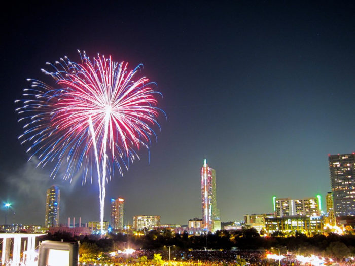 The Best Fireworks Displays In Texas In 2016 Cities