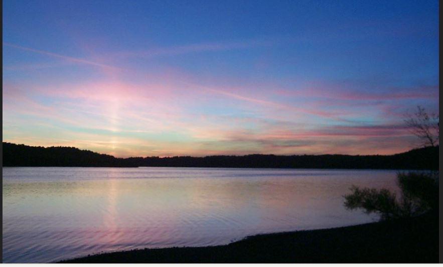 9 Reasons To Visit Green River Lake Beach In Kentucky