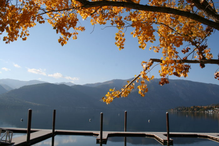 People think of Lake Chelan as a summer destination, but it's gorgeous in the fall.