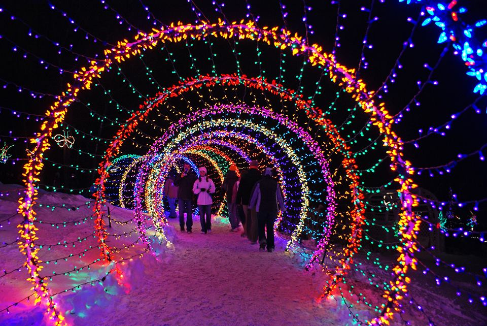 12 Things Everyone In Wisconsin Needs To Do At Christmastime