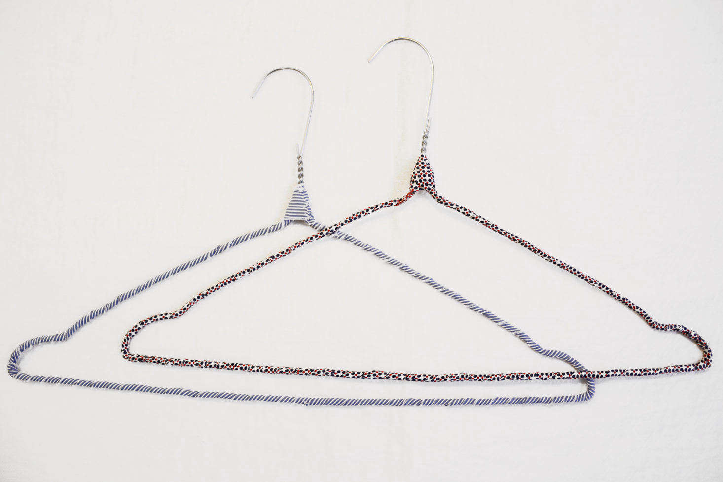 Upgrade Your Closet With Diy Cloth Wrapped Clothes Hangers