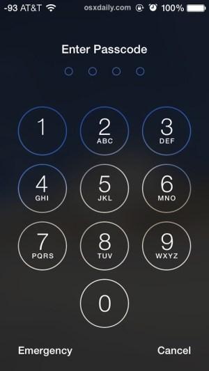 Экран ввода пароля на заблокированном iPhone