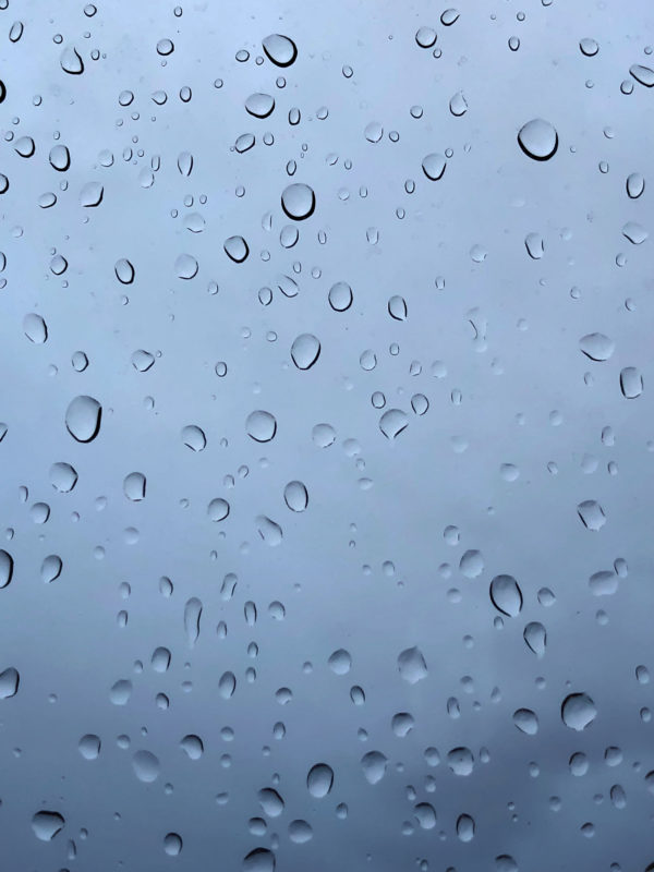 A water droplets image wallpaper