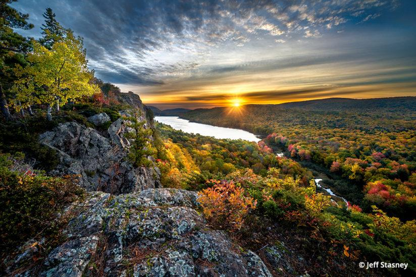 Lake Of The Clouds, Porcupine Mountains Wilderness State Park
