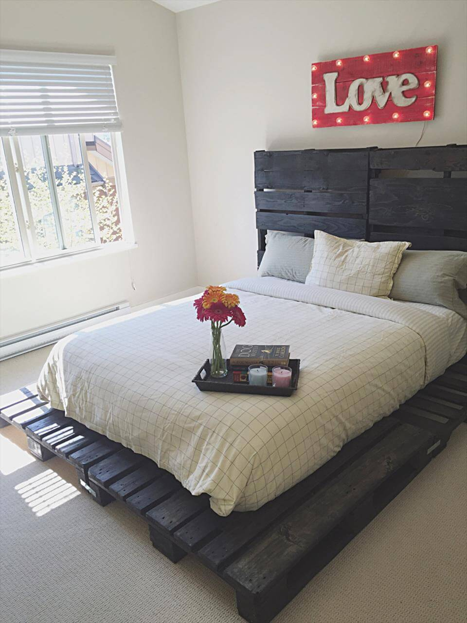 Wooden Pallet Bed out of only Pallets - Pallets Pro on Bed Pallet Design  id=76198
