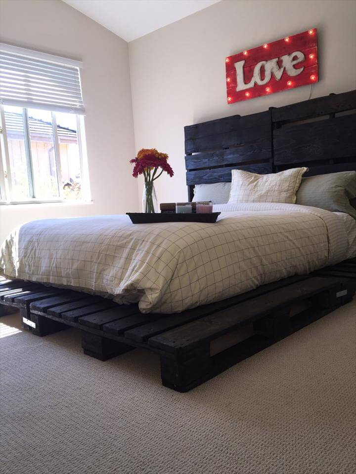Wooden Pallet Bed out of only Pallets - Pallets Pro on Bed Pallet Design  id=67519