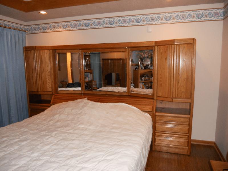 Queen Bedroom Sets Under