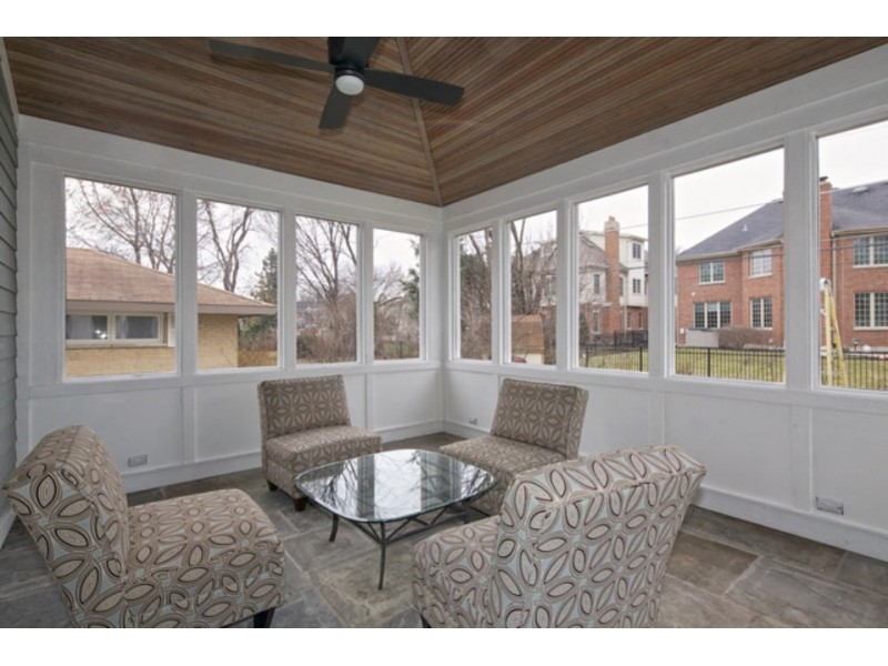 Wow House! Designer Kitchen, Butler Pantry, Screened-in ... on Closed Patio Design id=25714