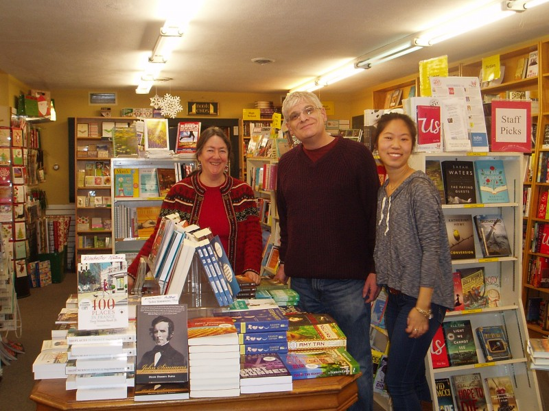 Winchester Bookstore Receives Grant from Bestselling Author