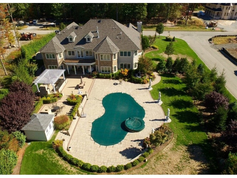 Dollar Million 600 Home