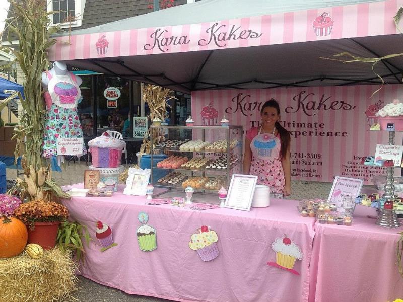 19-Year-Old Entrepreneur Starts Sweet Cupcake Business