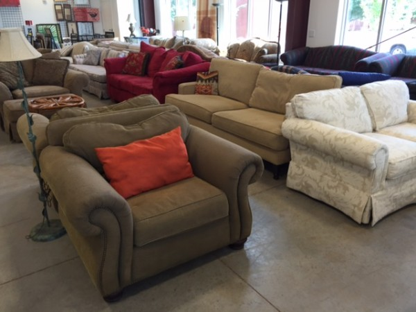 Atlanta Habitat Re Now Accepting Donations Of Household Items Furniture Appliances Decor Amp