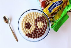 cereal_art___with_nesquik_by_alpqwerty-d9fiikf