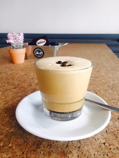 Mugs and Co cappuccino