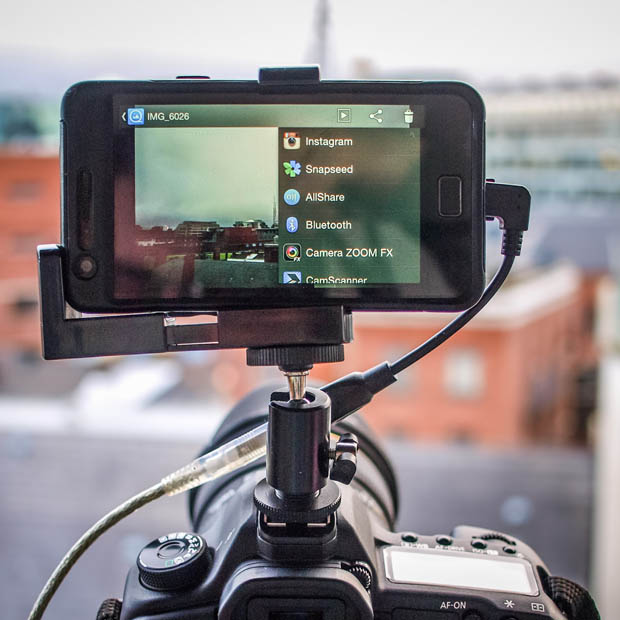 Give Your DSLR a Brain by Connecting an Android Phone phonemounted 5 copy