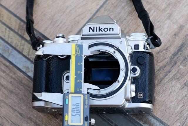 Nikon F Throat Size