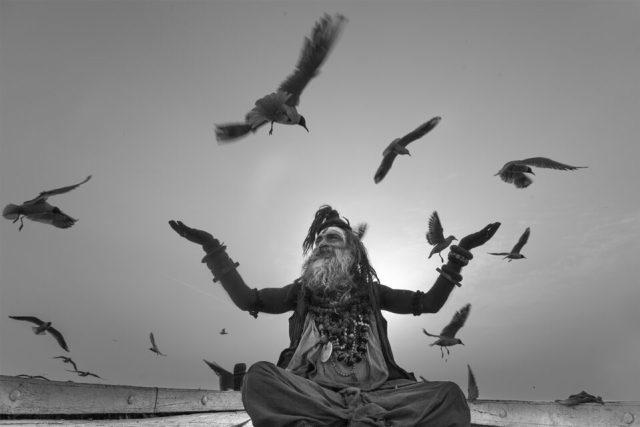 10.-Swarup-Chatterjee_Sadhu-Gulls-Varanasi
