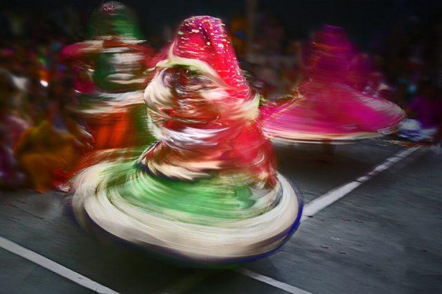 4.-Barsana-Swarup-Chatterjee_Holi-India-Eunuchs