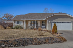 2205 Ute Avenue, Rifle, CO 81650