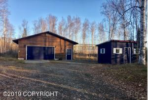 3751 S Musk Ox Street, Big Lake, AK 99652