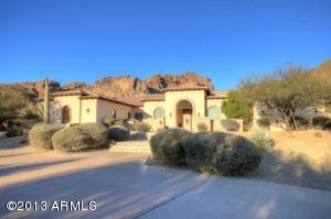 4902 E PALOMINO Road, Phoenix, AZ 85018