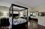 Master Bedroom/walk-in closet