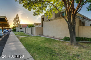 932 E DIAMOND Drive, Tempe, AZ 85283