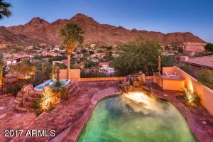2122 E KALER Drive, Phoenix, AZ 85020
