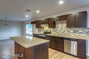 12614 W GABLE HILL Drive, Sun City West, AZ 85375