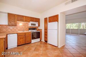 349 E Thomas Road, E305, Phoenix, AZ 85012