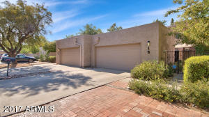 18 E REDONDO Drive, Tempe, AZ 85282