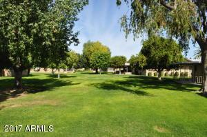 10105 W CANDLEWOOD Drive, Sun City, AZ 85351