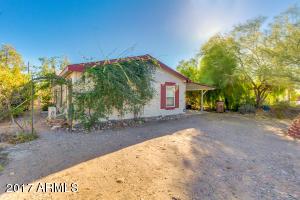 445 E DONNA Drive, Queen Valley, AZ 85118