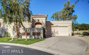 Welcome home- private end of cul-de-sac with beautiful mountain views