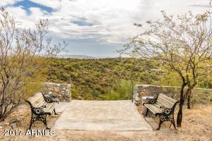 35190 S APRIL Drive, Black Canyon City, AZ 85324