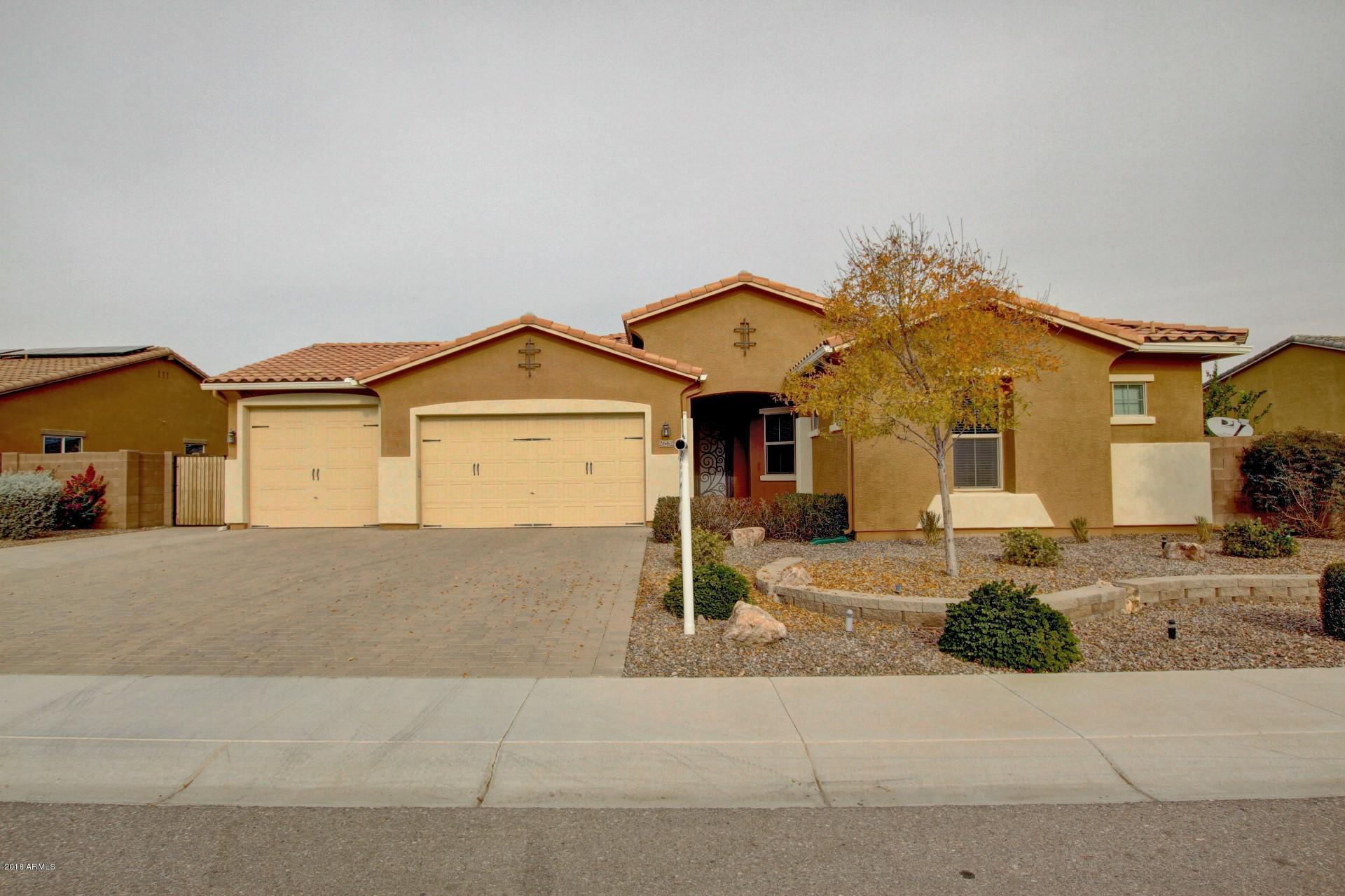 100 mesa arizona 4 bedroom home lavender u0026 old lace for Indoor pool mesa az