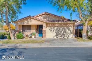2704 E FREMONT Road, Phoenix, AZ 85042