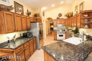 412 W CHAMPAGNE Drive, Sun Lakes, AZ 85248