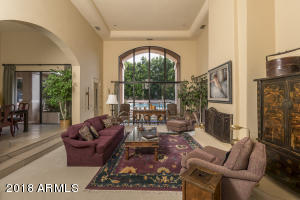 3041 E OCOTILLO Road, Phoenix, AZ 85016