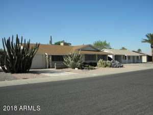 10133 W PINEHURST Drive, Sun City, AZ 85351