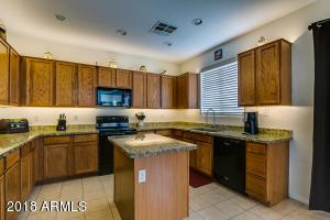 6812 W MALDONADO Road, Laveen, AZ 85339