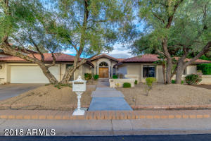 8901 N 47TH Place, Phoenix, AZ 85028