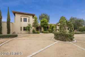 8752 N 52nd Street, Paradise Valley, AZ 85253