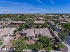 8004 W SAN JUAN Avenue, Glendale, AZ 85303